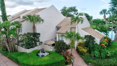 Boca Raton Townhouse For Sale: 706 Bridgewood Drive