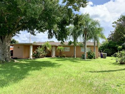Fort Pierce Single Family Home For Sale: 1033 Trinidad Avenue