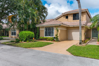 Boynton Beach Townhouse For Sale: 9829 Watermill Circle #B