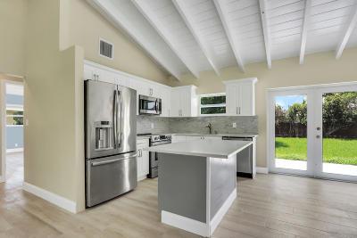 Palm Beach Shores Single Family Home For Sale: 214 Bravado Lane