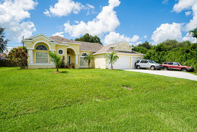 Port Saint Lucie Single Family Home For Sale: 1426 SW Malaga Avenue
