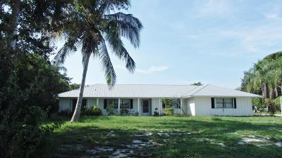 Hobe Sound Single Family Home For Sale: 8344 SE Woodmere Street