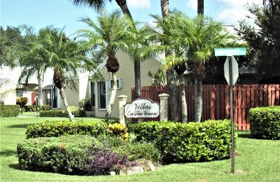 West Palm Beach Single Family Home For Sale: 4521 Challenger Way #Unit 72