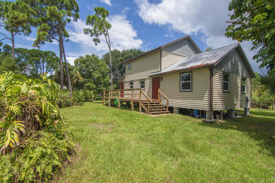Fort Pierce Single Family Home For Sale: 5705 Birch Drive