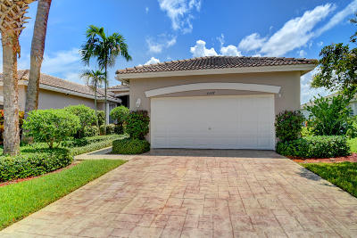 Boynton Beach Single Family Home For Sale: 10597 Royal Caribbean Circle