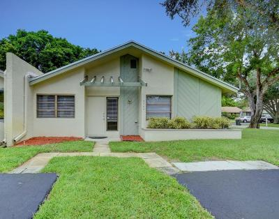 Delray Beach Single Family Home For Sale: 3705 Arelia Drive South