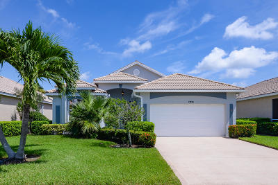 Port Saint Lucie Single Family Home For Sale: 909 NW Sarria Court