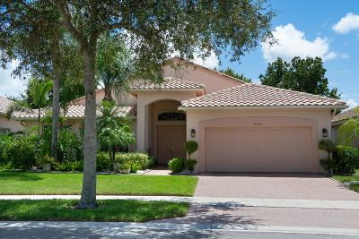 Single Family Home For Sale: 402 NW Aqua Vista Lane