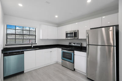 Coral Springs FL Rental For Rent: $2,300