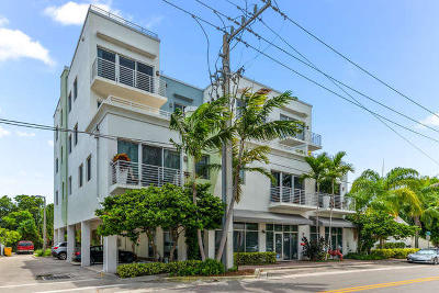 Delray Beach Condo For Sale: 110 SE 2nd Street #201