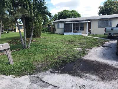 Lake Worth Single Family Home For Sale: 5 Topeka Road Road