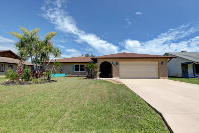 Port Saint Lucie Single Family Home For Sale: 367 SE Yardley Terrace