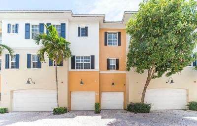 Delray Beach Townhouse For Sale: 319 E Mallory Circle