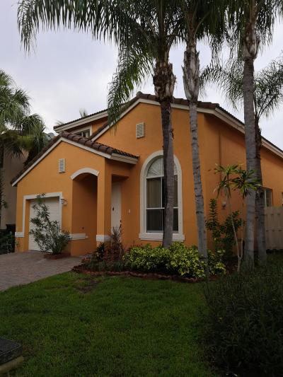 West Palm Beach Single Family Home For Sale: 4330 Lake Lucerne Circle