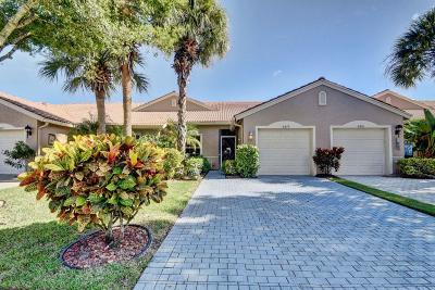 Boynton Beach Townhouse For Sale: 8479 Logia Circle