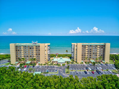Jensen Beach Condo For Sale: 7380 S Ocean Drive #A-317