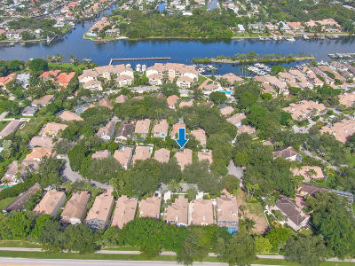 Juno Beach Single Family Home For Sale: 32 Grand Bay Circle