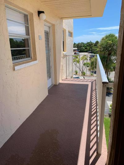 Boynton Beach Condo For Sale: 2515 NE 2nd Court #318
