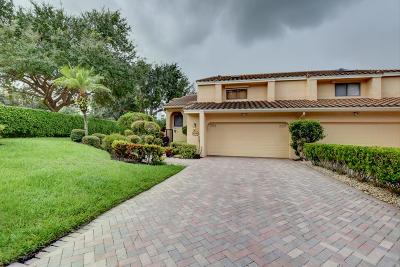 Boca Raton Townhouse For Sale: 20185 Fairfax Drive