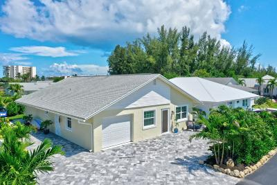 Jensen Beach Single Family Home For Sale: 21 Aqua Ra Drive