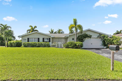 Boynton Beach Single Family Home For Sale: 200 SW 13th Avenue