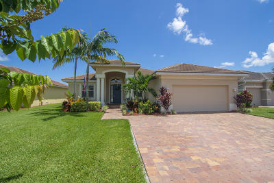 Jensen Beach Single Family Home For Sale: 2189 NW Dalea Way