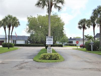 West Palm Beach Condo For Sale: 2886 Fernley Drive E #4