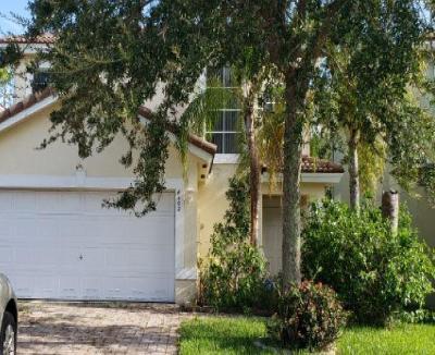 Greenacres Single Family Home For Auction