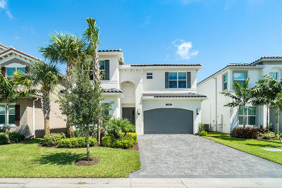 Delray Beach Single Family Home For Sale: 9685 Salty Bay Drive