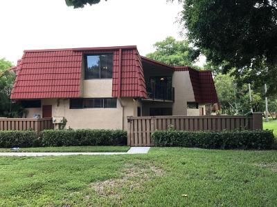 Boca Raton Townhouse For Sale: 8243 Severn Drive #B