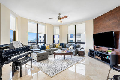 West Palm Beach Condo For Sale: 701 S Olive Avenue #1028