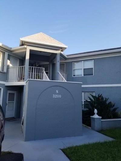 Martin County, St. Lucie County Condo For Sale: 3200 SE Aster Lane #202