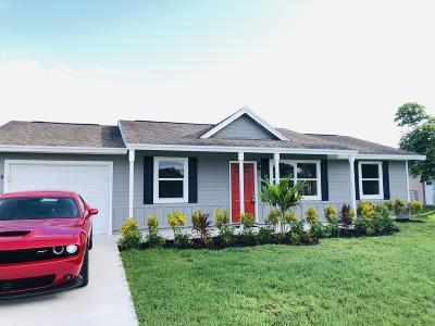Port Saint Lucie Single Family Home For Sale: 468 SW Exmore Avenue