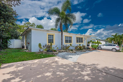 Lake Worth Single Family Home For Sale: 1709 12th Ave N
