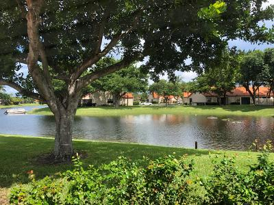 Deerfield Beach Single Family Home For Sale: 65 Centennial Court