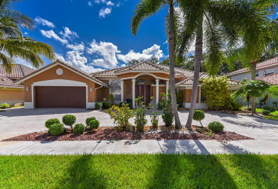 Boca Raton Single Family Home For Sale: 19249 Cloister Lake Lane