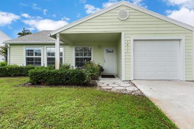 Lake Worth Single Family Home For Sale: 7810 Blairwood Circle