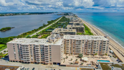 Palm Beach Condo For Sale: 3450 S Ocean Boulevard #320