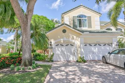 Palm Beach Gardens Condo For Sale: 121 Palm Point Circle #C