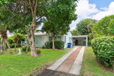 Pompano Beach Single Family Home For Sale: 417 NE 23rd Avenue