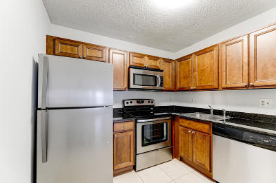 Coral Springs Condo For Sale: 11008 Royal Palm Boulevard #5-3