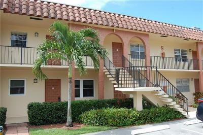 Martin County, St. Lucie County Condo For Sale: 2600 S Kanner Highway #S2