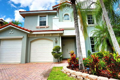 West Palm Beach Single Family Home For Sale: 6611 Traveler Road
