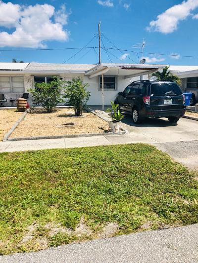 Lantana Single Family Home Contingent: 1325 Alho Drive