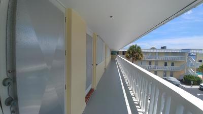 North Palm Beach Condo For Sale: 101 Doolen Court #310