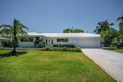 North Palm Beach Single Family Home For Sale: 867 Fathom Road W