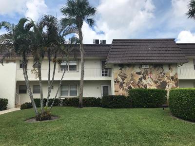 Royal Palm Beach Condo For Sale: 12001 Poinciana Boulevard #204