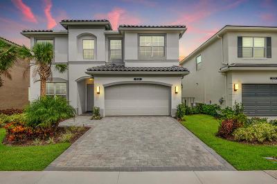 Delray Beach Single Family Home For Sale: 15344 Sandy Beach Ter