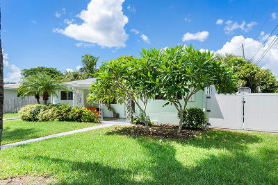 Delray Beach Single Family Home For Sale: 227 Seacrest Circle