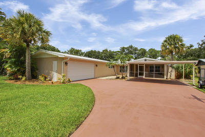 Martin County Single Family Home For Sale: 1399 SW Ibis Street